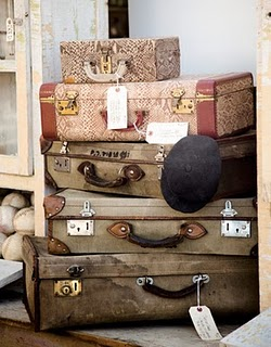 CL-Fair-suitcases-0910-de